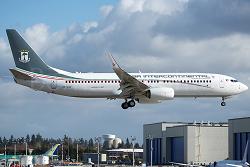 2015-09-05_3C-LLY_B738+HS125@Senegal airspace_ACFT1