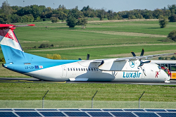 2015-09-30 Luxair Dash 8-400 severely damaged in belly landing at Saarbruecken, Germany