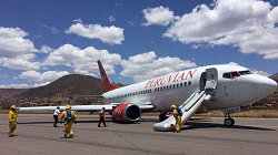 2015-10-23 Peruvian Boeing 737-300 gear collapse at Cuzco