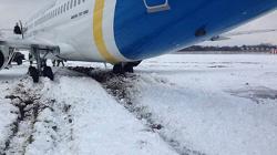 2016-01-16 Ukraine Intl Boeing 737-300 overran runway at Kiev, Ukraine