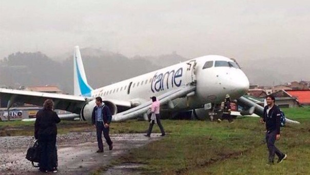 2016-04-28 TAME Embraer E-190 badly damaged on landing Cuenca