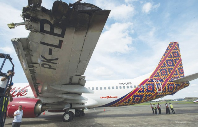 plane-640x411
