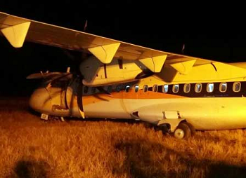 2016-05-07 JetKonnect ATR-72 off runway at Indore