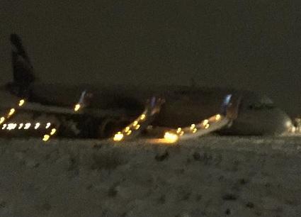 2017-01-03 Aeroflot Airbus A321 off runway at Kaliningrad